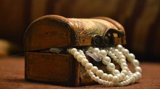 przechowywanie biżuterii